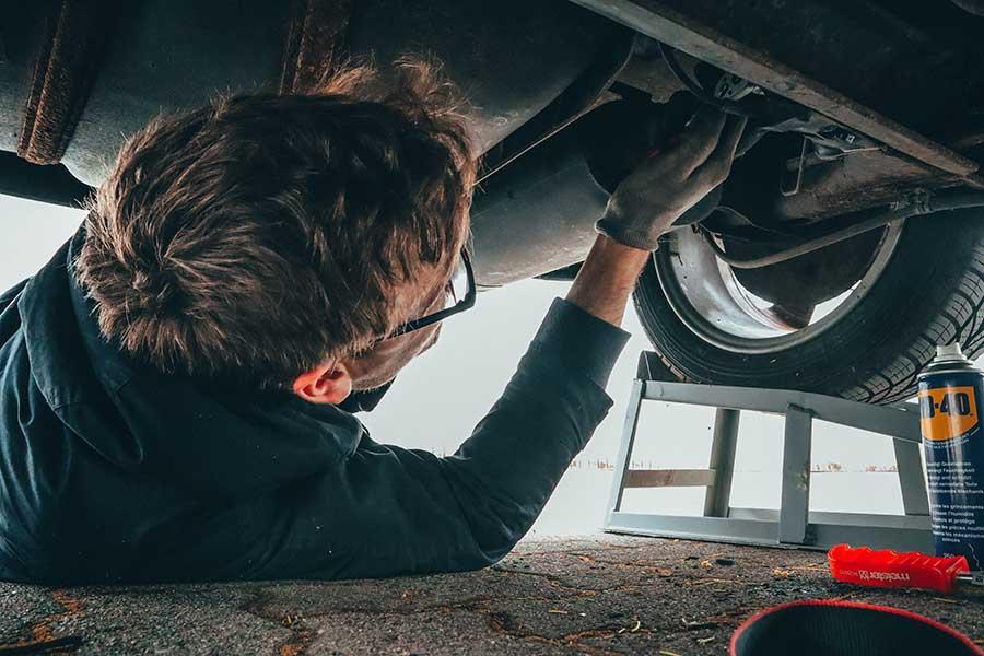 ¿Qué pasa si no le doy mantenimiento a mi carro?